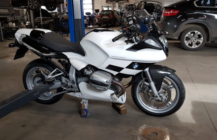 Prace przy uszkodzonym systemie abs motocykla BMW