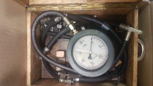 Manometr BMW do pomiaru ciśnienia oleju