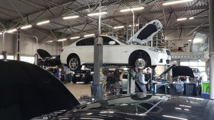 Dzień pracy w BMW Stando