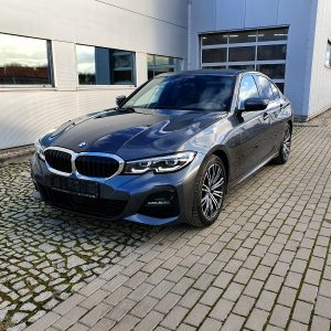 Samochód BMW 320d xDrive M-Pakiet wystawiony na sprzedaż we Wrocławiu